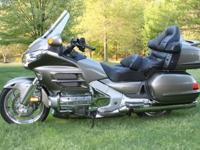 Beautiful, loaded 2008 GL1800 Honda Goldwing in