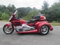 HIS 2008 HONDA GOLDWING GL1800 ROADSMITH TRIKE BY TRIKE
