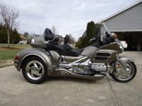 2008 Honda Goldwing GL1800 Trike Side CarFor a faster