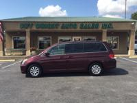 SUPER NICE VERY CLEAN LOW MILE HONDA ODYSSEY VAN.