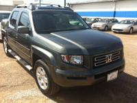 THIS 2008 HONDA RIDGELINE HAS A CLEAN CARFAX AND IS A
