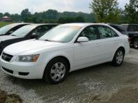 Super clean 2008 Hyundai Sonata V6. This vehicle is