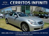 GORGEOUS Liquid Platinum, G35 SEDAN !! CLEAN CARFAX !!