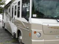 2008 Itasca LATITUDE, 33000 miles, Length: 39 ft., 2