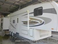 This is a 2008 Jayco 5th wheel bunkhouse. It is a