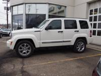 Exterior Color: stone white, Body: SUV 4X4, Engine: 3.7