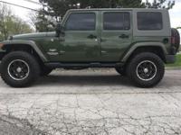 Jeep 2008 Unlimited Sahara Black  Options:  Abs Brakes