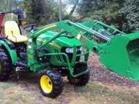 Mint 2008 John Deere 2320 tractor with 200CX loader and