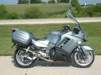 2008 Kawasaki Concours 14 After market Exhaust Tall