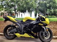 2008 Kawasaki Ninja ZX-6R Sportbike This is a beautiful