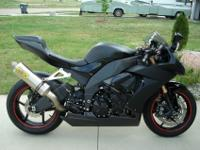 2008 Kawasaki ZX10  ONLY 2,758 miles on it! Barely