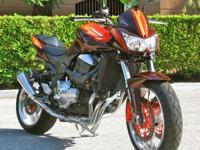 This Z1000 special does away with that bone of