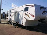 RV Type: Toy Hauler Year: 2008 Make: Keystone Model: