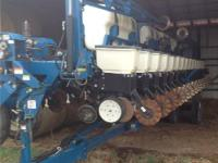 2008 KINZE 3650, Exterior: Blue, Liquid Fertilizer