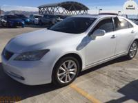 Step into the 2008 Lexus ES 350! Injecting