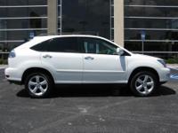 Exterior Color: white platinum metallic, Body: SUV,