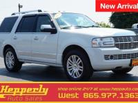 Clean CARFAX. This 2008 Lincoln Navigator in White