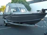 2008 LUND 1775 Classic Sport fishing boat in excellent