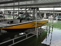 Only 200 Hrs -8.1L 450 Hp Motor -Bimini -Full Boat