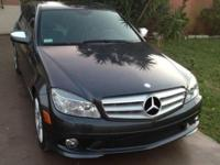 Mercedes Benz 2008 C350 in best conditions and clean