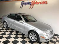 Options:  2008 Mercedes E-Class  Here Is A Very Clean|2