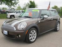 Cooper Clubman, 1.6L I4 DOHC 16V, 6-Speed Automatic,
