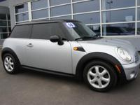 2008 MINI Cooper Hardtop 2dr Car Our Location is: