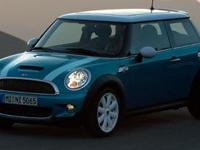 Description 2008 mini Cooper Hardtop Auxiliary Power