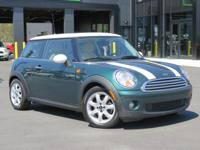 2008 MINI COOPER HARD TOP! CARFAX ONE OWNER BRITISH
