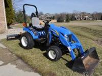2008 NEW HOLLAND T-1110 COMPACT 4WD TRACTOR. HYDRO