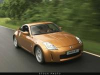 This 2008 Nissan 350Z 2dr 2dr Cpe Man Coupe features a