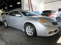 Designed with a spacious interior, this 2008 Nissan