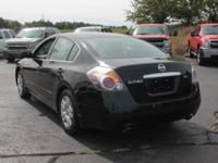 Options:  2008 Nissan Altima 2.5 S|2.5 S 4Dr Sedan
