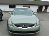 Check out this wonderful offer on this sharp Nissan