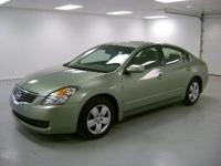 Options Included: N/AAltima 2.5 S Sedan, Metallic Jade