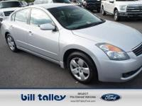 HAS A WARRANTY!..LOCALLY OWNED!...THIS ALTIMA COMES