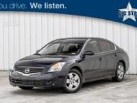 Very Clean Altima 2.5 S, 4D Sedan, CVT, and Charcoal