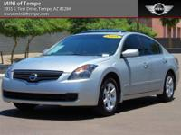 Creampuff! This handsome 2008 Nissan Altima 2.5SL is