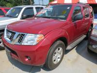2008 Nissan Pathfinder SE SUV VIN: 5N1AR18UX8C617161