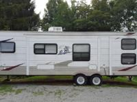 2008 Palomino Puma 31DSBH travel trailer.Trailer is in