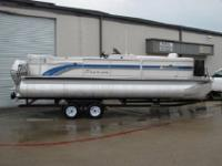 "27"" tubes11' electric-power Bimini topAft vinyl"