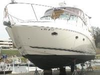 Just Reduced $6,000! 2008 Rinker 350 with Extended
