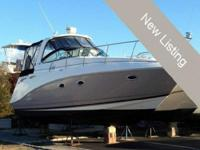 2008 Rinker 350 Express Cruiser This is a brand new