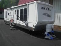 2008 RIV RRA Our Location is: Nelson GR Chevrolet - 930