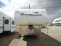 2008 Road Runner 23FB 23FB A perfect light weight fifth