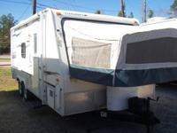2008 StarCraft TravelStar 21Ft Hybrid With Slideout