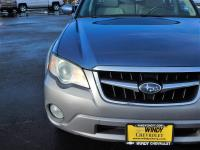 Options:  2008 Subaru Outback 2.5 I|We Offer Financing