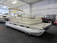 NICE 2008 SUNTRACKER 200 PARTY BARGE WITH ONLY 91