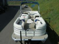 SUPER CLEAN 2008 SUN TRACKER 21 PARTY BARGE SIGNATURE