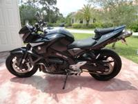 FOR SALE, A 2008 SUZUKI B-KING 14,000 MILES NEW
